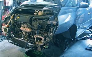 Renault 3.0 dCi motor uitbouwen, montage motor